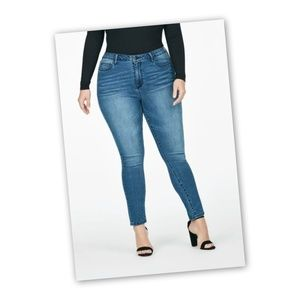Denim - High Waisted Skinny Jeans